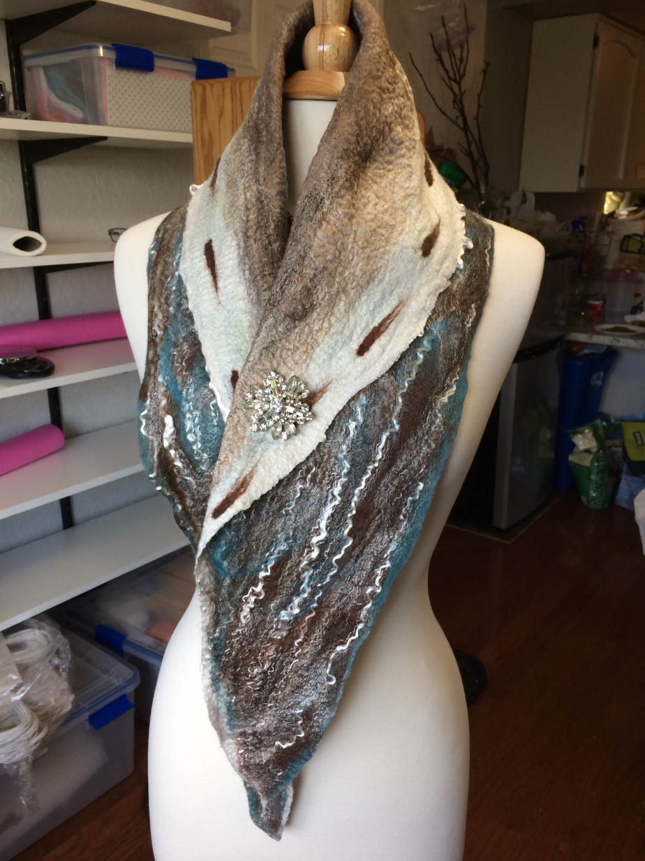 It seems the more scarves I make, the more ideas I have for making scarves!